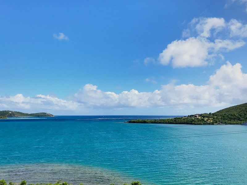 Punta Aloe 21, Great Bay/Ocean View, Waterfront, an Artist's Delight, vacation rental in Isla de Vieques