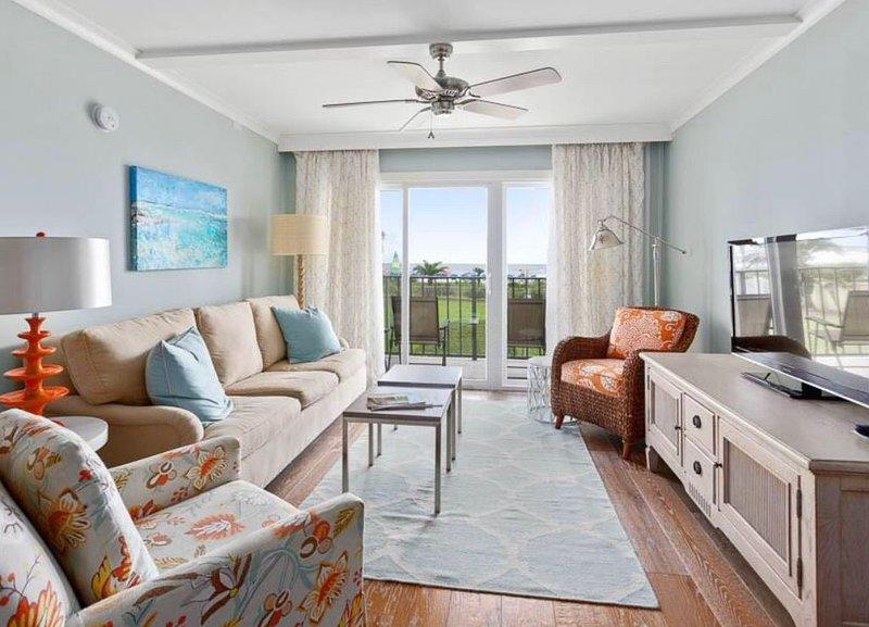 Oceanfront View from EVERY Room! Best Beach Club Condo!, alquiler de vacaciones en Brunswick