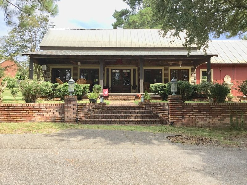 The Historic Hinton Cabin, vacation rental in Tuscaloosa