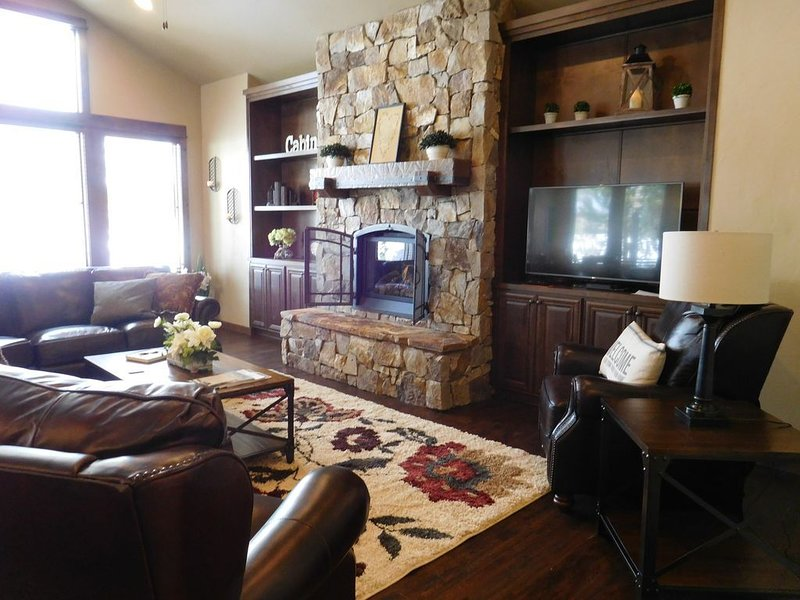 Luxury Home yet Family-Friendly! It's all about creating memories!, vacation rental in Bend