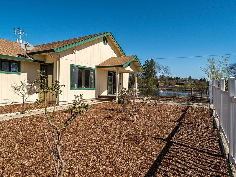 Green Valley, Sonoma County Vacation Rental at a Working Winery., holiday rental in Sebastopol