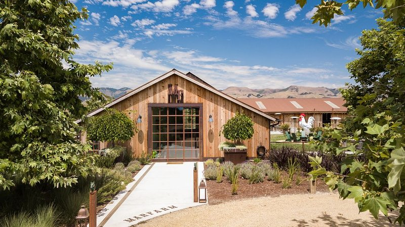 MARFARM is a unique farm stay,  in the heart of Edna Valley., alquiler vacacional en San Luis Obispo