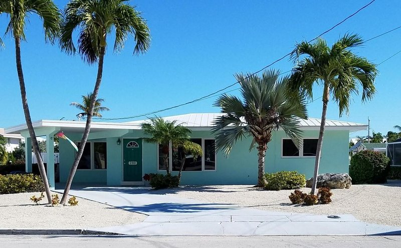 """""""One More Day' on 12th Street, holiday rental in Key Colony Beach"""