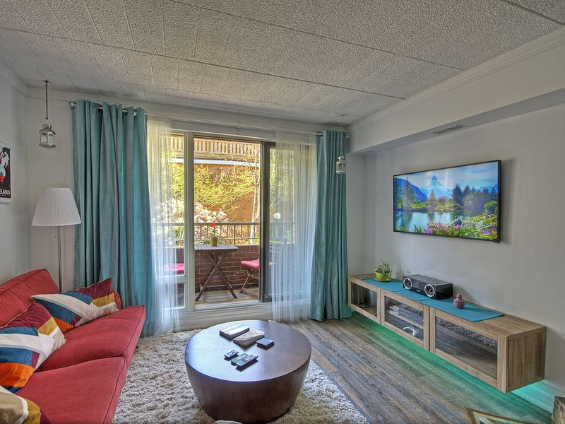 Cozy Chalet in the City Centre, vacation rental in Toronto