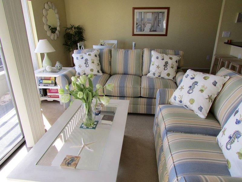 Luxury Condo, Prime location 1.5 Blocks From Ocean, Pool and Off street parking, alquiler de vacaciones en Virginia Beach