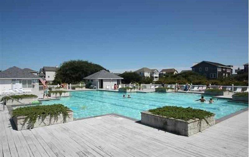 Ocean Sands Community Swimming Pool