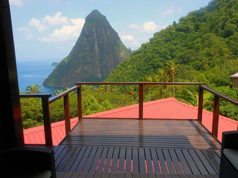 Elegant Villa Located on the Gros Piton, World Heritage Site, alquiler de vacaciones en Sta. Lucía