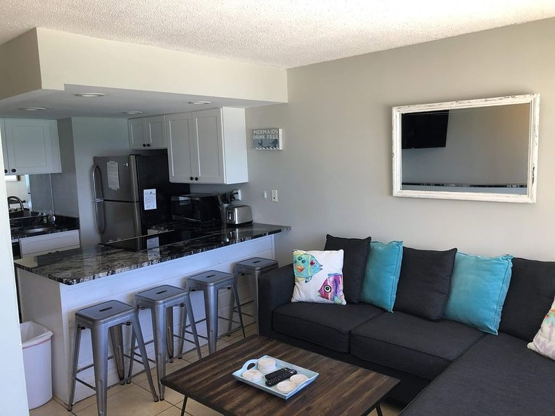 SUMMER SPECIALS-Newly renovated-Beach Front. Next to 30A. Pinnacle Port-gated., holiday rental in Carillon Beach