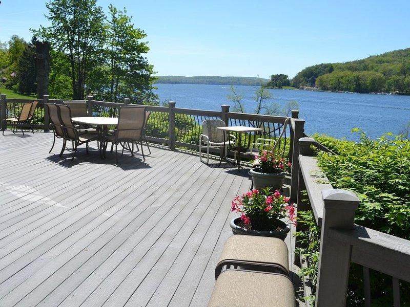 Four Season Gorgous Lakefront Home at Deep Creek Lake, holiday rental in McHenry