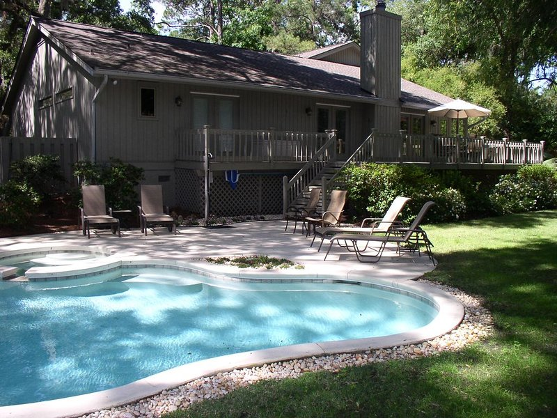 Sea Pines with Private Pool and Spa.  Fall Low Occupancy Rates in Effect, alquiler de vacaciones en Daufuskie Island