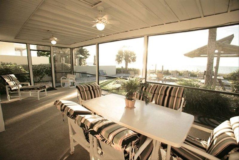 Casa Cay Beach Front Rental, aluguéis de temporada em Nokomis