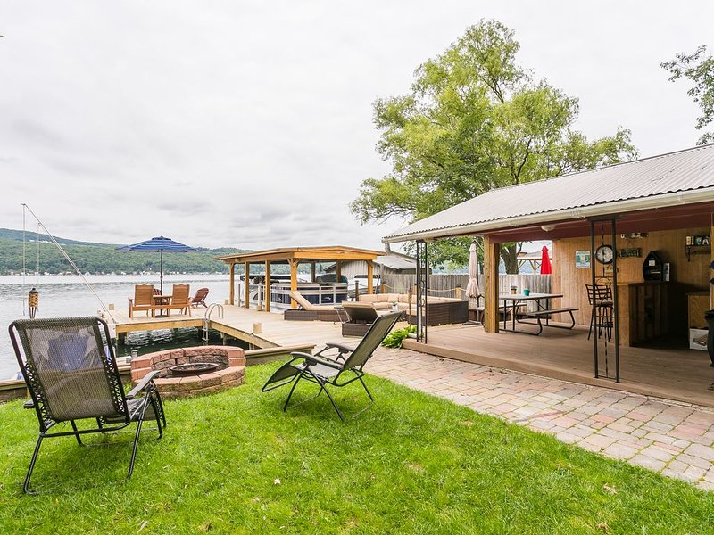 The perfect lakeside getaway!, casa vacanza a Tyrone