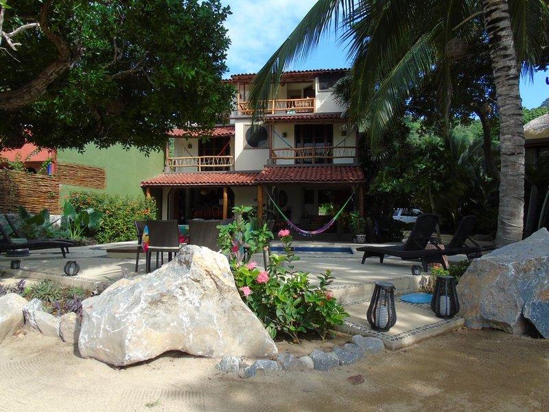 Casa De Helen - Beach Front House in Troncones Mexico, holiday rental in Troncones