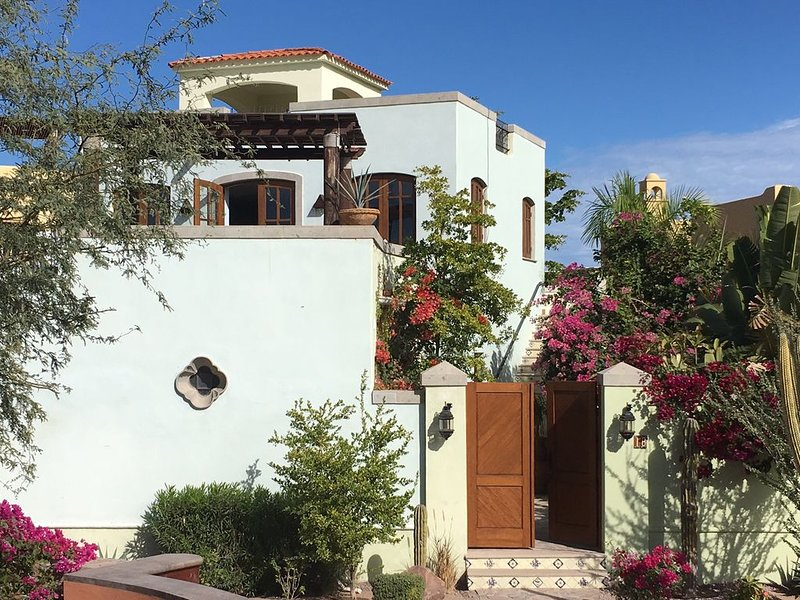 Ocean / Golf Course View with Private Pool in Loreto Bay, vacation rental in Loreto