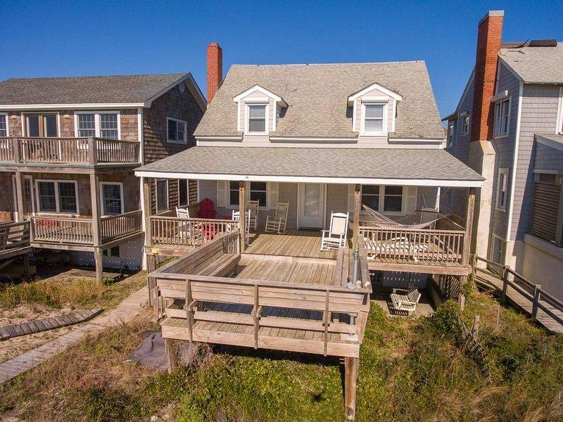 Voorkant van huis strandzijde met geweldige veranda