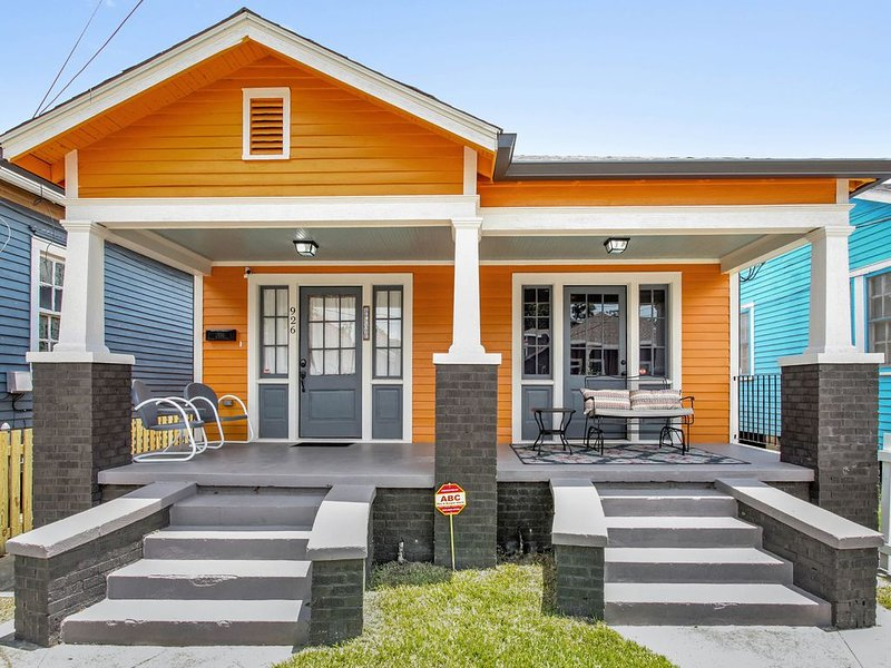 Cozy, dog-friendly home near historic Algiers Point, ferry to French Quarter!, vacation rental in Terrytown