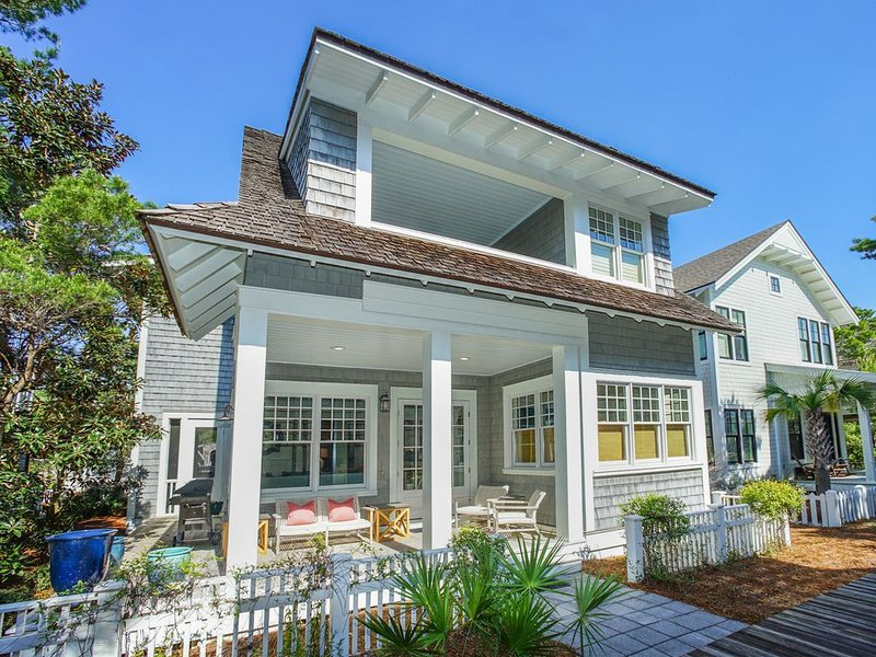 41 S Watch Tower Ln-Community Amenities Included-4 Bikes~5BR Home, casa vacanza a Alys Beach