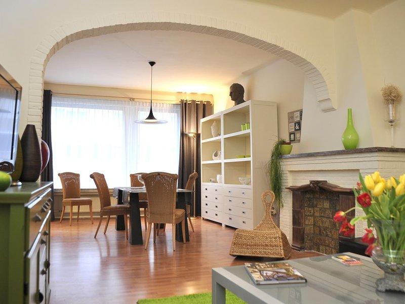 Gezellige private woning '2600', holiday rental in Nijlen