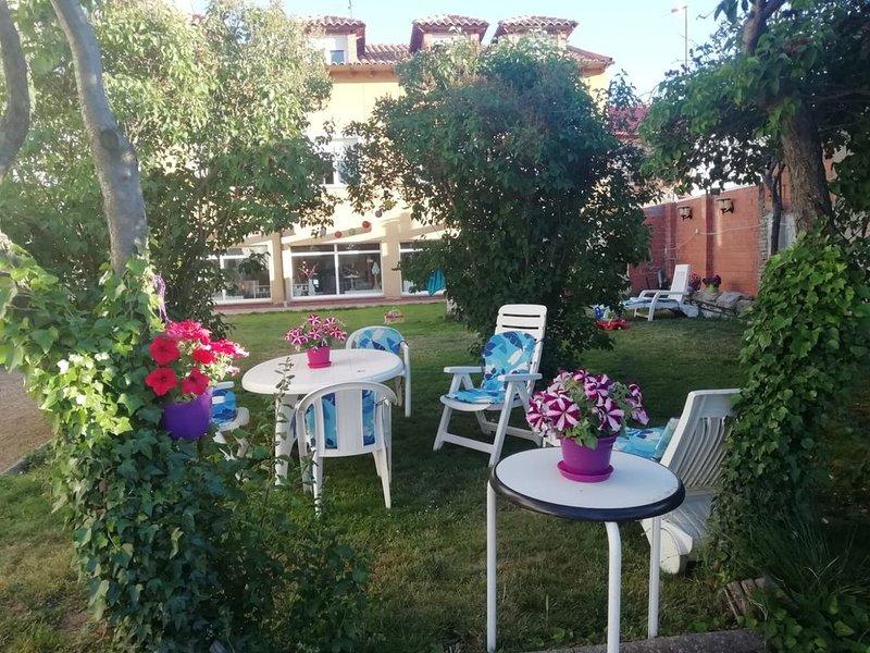 Plus de 500 m2 de jardin pour vous seulement.