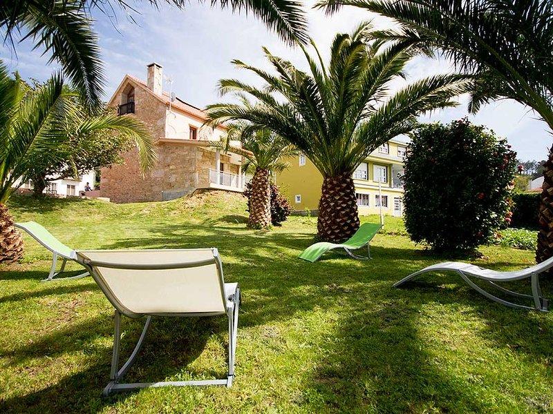 Casa - 4 Dormitorios con WiFi - 102059, holiday rental in Dumbria