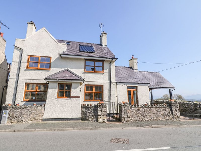 Moranedd, NEWBOROUGH, holiday rental in Dwyran