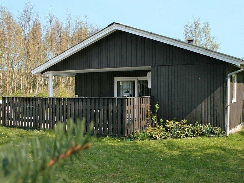 Cozy Holiday Home in Væggerlose with Sauna, location de vacances à Vaeggerlose