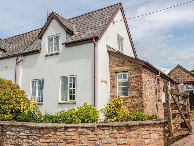 Rodley Manor Cottage, Bloemuns, LYDNEY, vacation rental in Oldbury-on-Severn