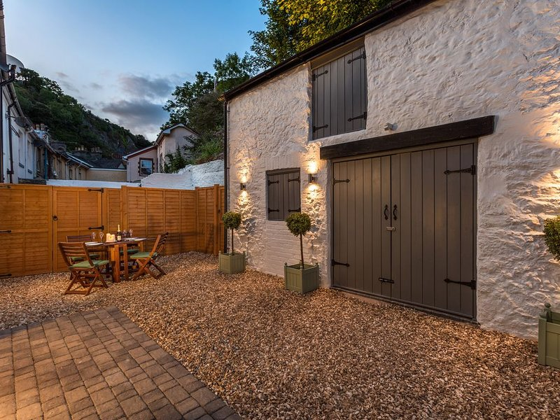 Daison Boutique Cottage 1B, TORQUAY, vacation rental in Torquay