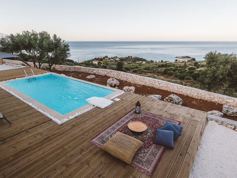 2-Bedroom Villa with Private Pool - Yasmi - Yiameli collection, holiday rental in Skinaria