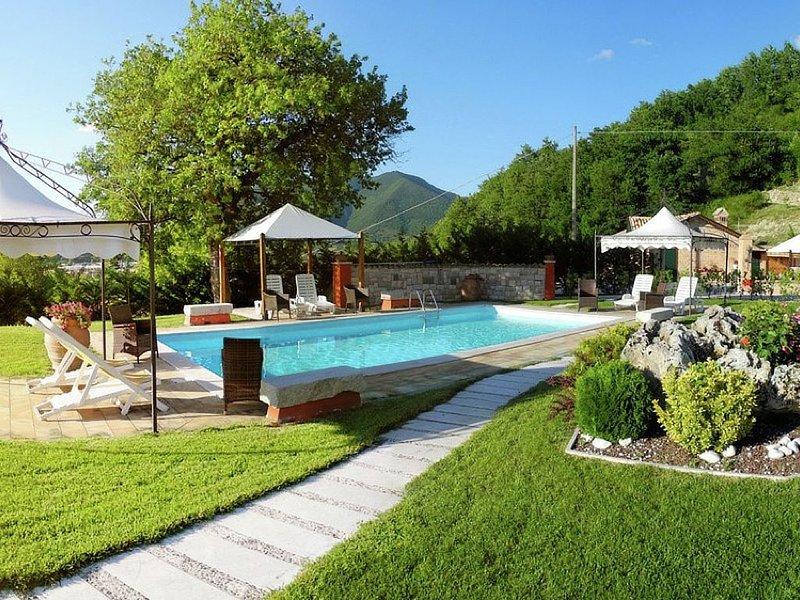 Idyllic Cottage in Cagli with Fenced Garden, location de vacances à Cagli
