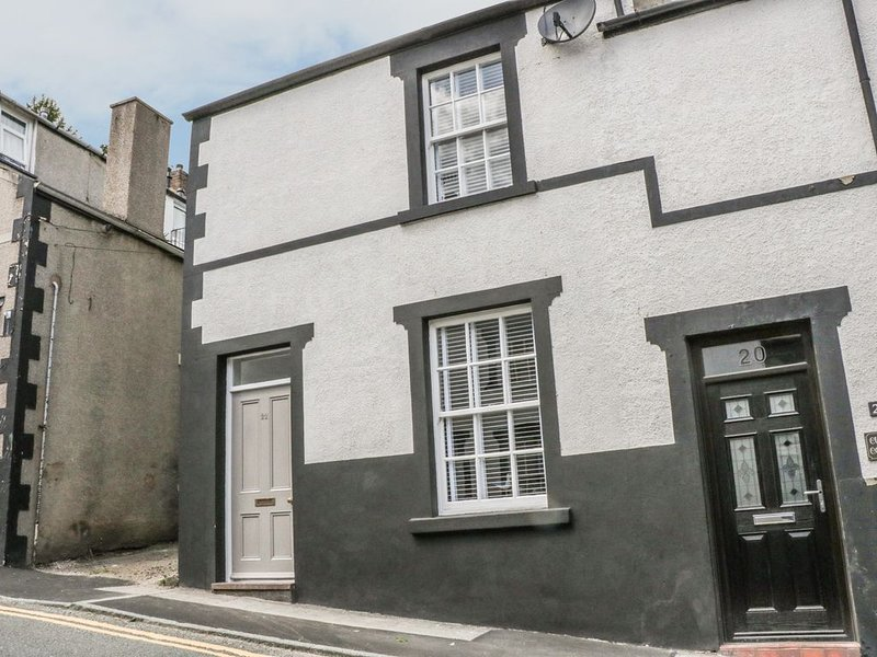 22 Uppergate Street, CONWY, holiday rental in Henryd