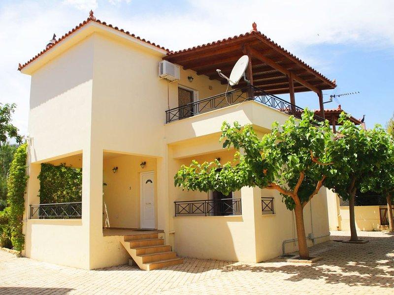 Miramar Complex - Villa Dalia, holiday rental in Sofiko