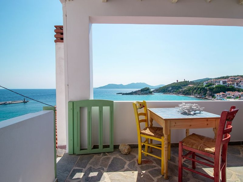 House of Arts, holiday rental in Marathokampos