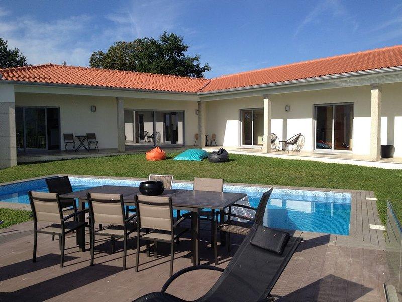 Maison Villa Piscine Portugal Braga, casa vacanza a Caldelas