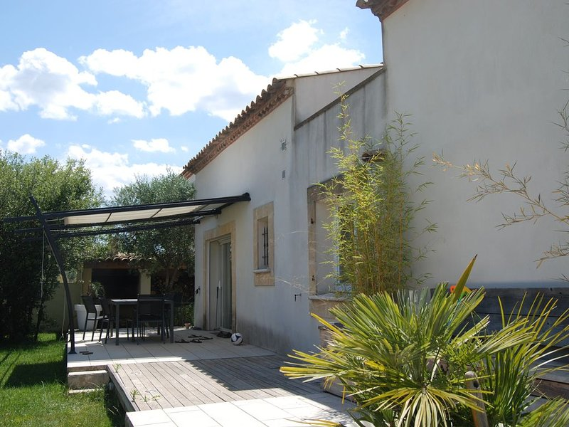 MAISON DE CHARME ENTRE HERAULT ET GARD, holiday rental in Gallargues-le-Montueux