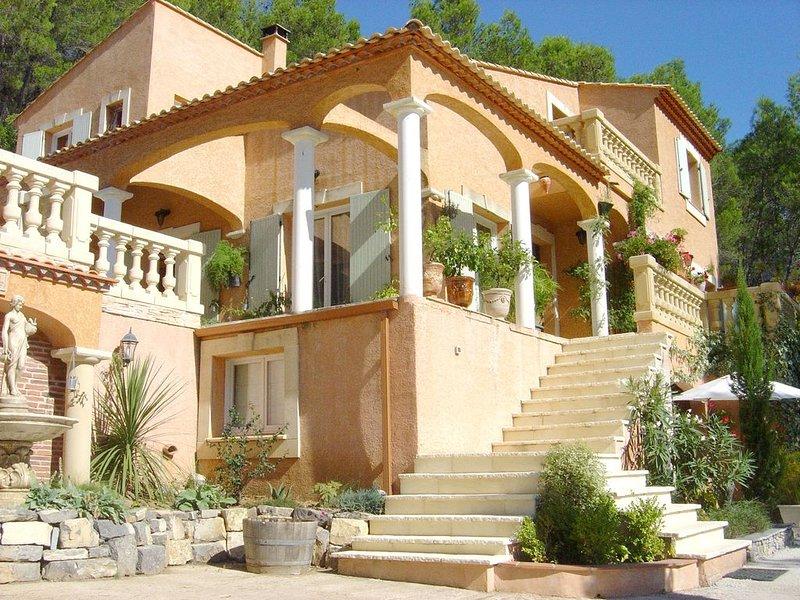 L'appartement GARRIGUE dans notre maison d'hôtes : LES RESTANQUES, vacation rental in Carnas