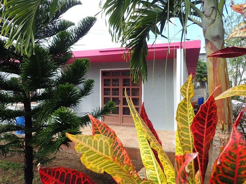 LA CASE DU PÊCHEUR. Maison familiale, plain-pied, 3 chambres 1-6 personnes, WIFI, aluguéis de temporada em Mapou
