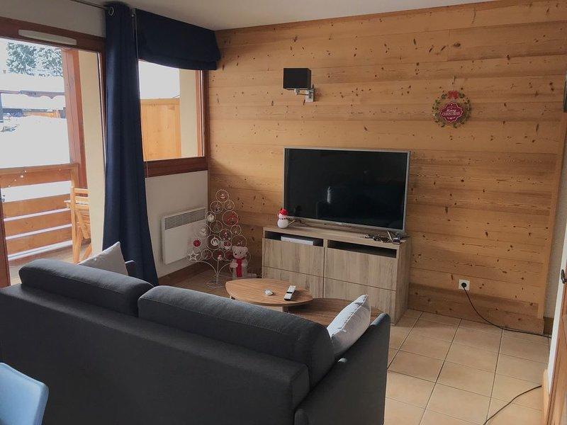 NOUVEAU: Apt Morillon 1100 - Skis aux pieds - Ideal pour famille/entre amis, Ferienwohnung in Morillon