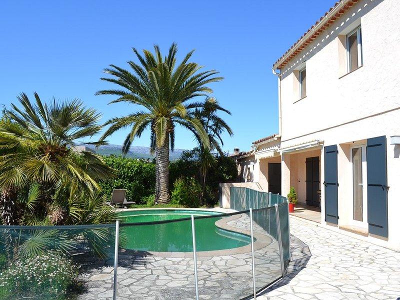Villa 200 m² Le Vent Bleu, casa vacanza a Mouans-Sartoux