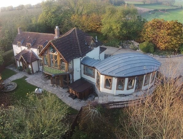 Fantasy house situated in an idyllic Woodland setting, vacation rental in West Pennard