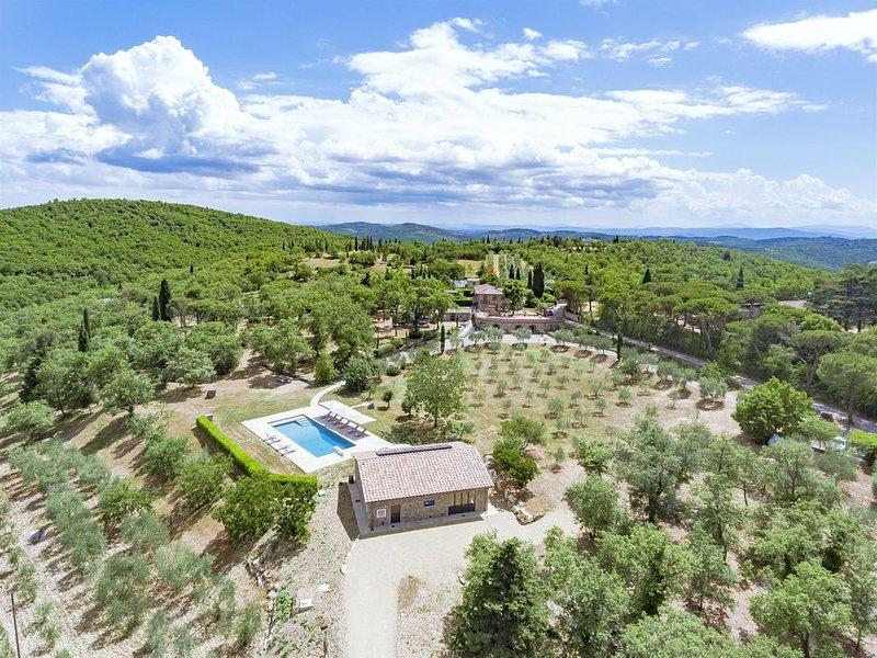 Calafralina, Radda in Chianti, Siena and Chianti, holiday rental in Radda in Chianti