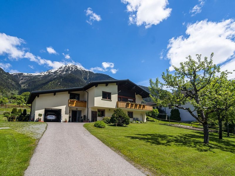 Spacious Apartment in St. Gallenkirch with Garden, holiday rental in Sankt Gallenkirch