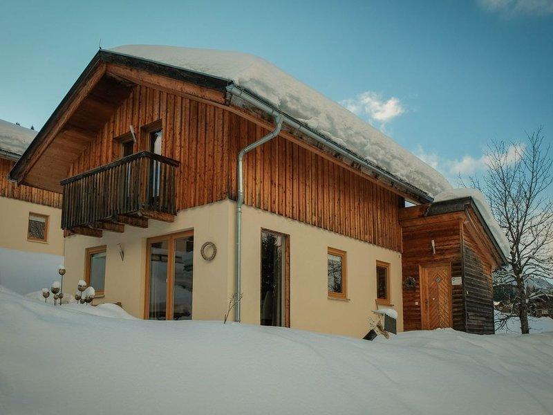 Spacious Chalet in Annaberg-Lungötz with Sauna, holiday rental in Abtenau