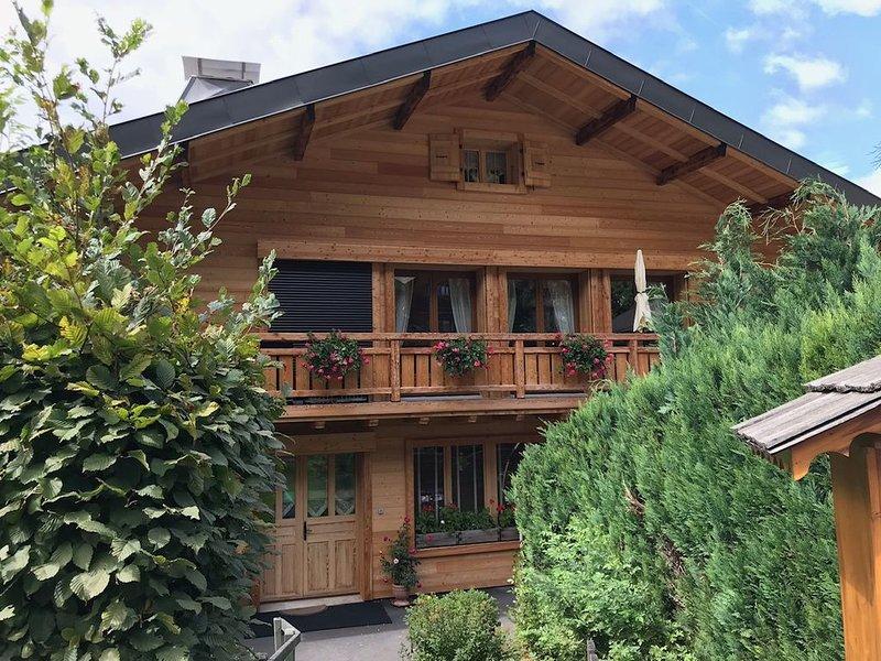 Grand appartement de 75 m2 pour 4/5 personnes situé à 50m des pistes – semesterbostad i Chatel