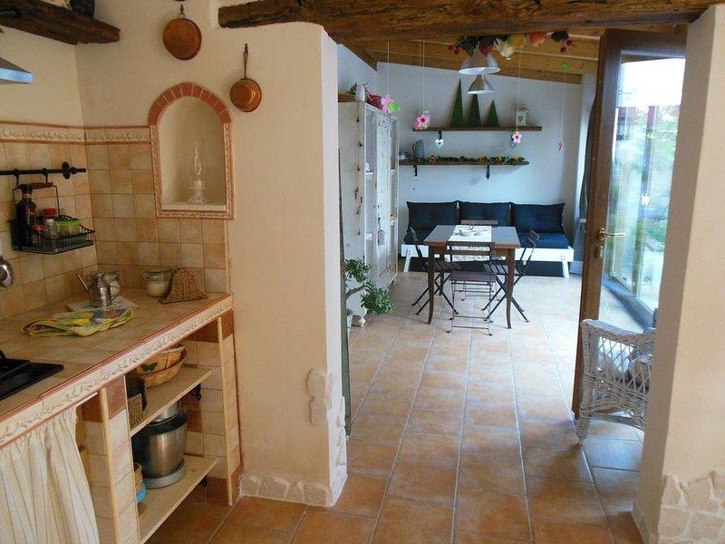 Mini appartamento in villa, holiday rental in Marina di Pulsano