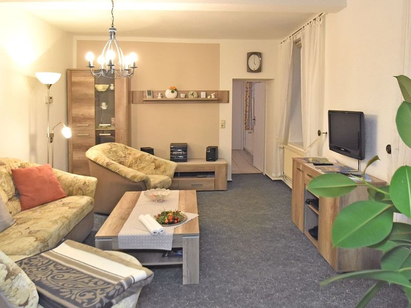 Spacious Apartment in Blankenburg Harz near Ski area, location de vacances à Halberstadt