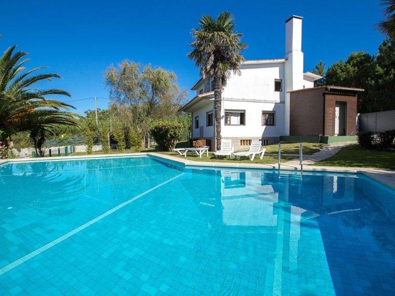 Casa - 3 Dormitorios con Piscina, WiFi y Vistas al mar - 107428, holiday rental in Portonovo