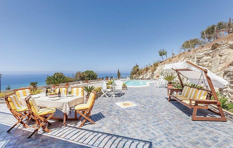 Villa Nanni, rimborso completo con voucher*: Una elegante ed accogliente villa s, location de vacances à Agropoli