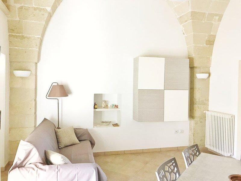 Casa tipica in Pietra Leccese, vicino Otranto e Porto Badisco, aluguéis de temporada em Porto Badisco