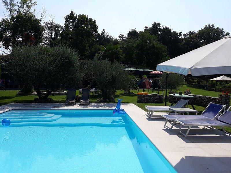 Appartamento nel verde entroterra colline moreniche entroterra lago di Garda, vacation rental in Valeggio Sul Mincio